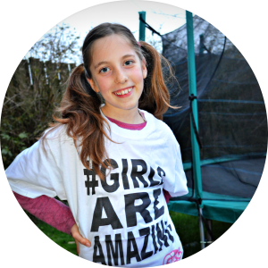 clio in girls are amazing t shirt